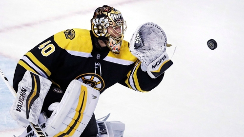 Bruins' Rask returns to team after taking personal leave of absence