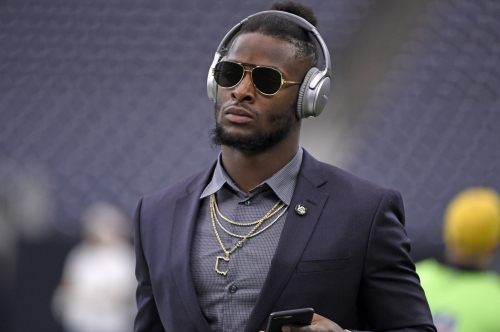 Le'Veon Bell will sit out entire NFL season, gives up $14.5 million