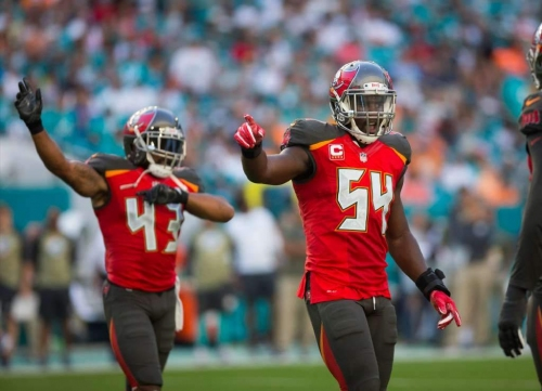 Bucs linebacker Lavonte David has MCL sprain, could miss this week's game at Giants