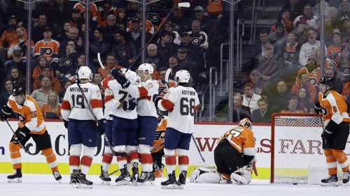 Ekblad, Dadonov lead Panthers past Flyers