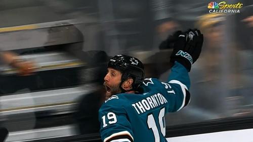 Joe Thornton scores 400th career goal, gives Sharks lead