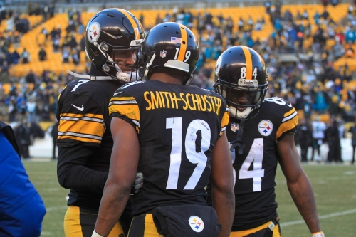 Black and Gold Links: Believe it or not, there is a game to be played this Sunday