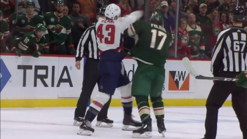 Tom Wilson fights Foligno first game back from suspension