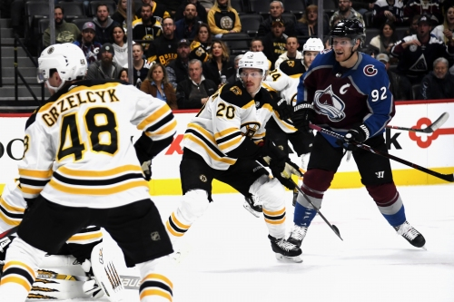 With four third-period goals, Avalanche earn signature comeback win over Bruins at Pepsi Center