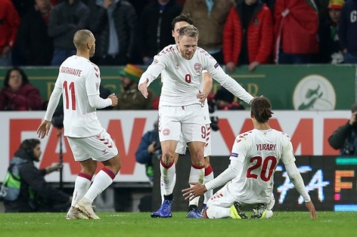 Wales 1-2 Denmark: Agony for Ryan Giggs' young side as Danes stage smash and grab Nations League victory