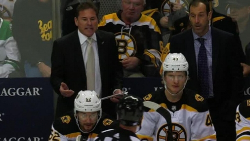 Bruins' Marchand receives questionable slashing penalty