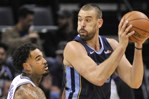 Grizzlies close out Kings in a close game 112-104