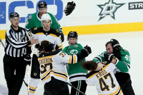 Despite inexperienced defensemen on both sides, Stars-Bruins was an offensive struggle