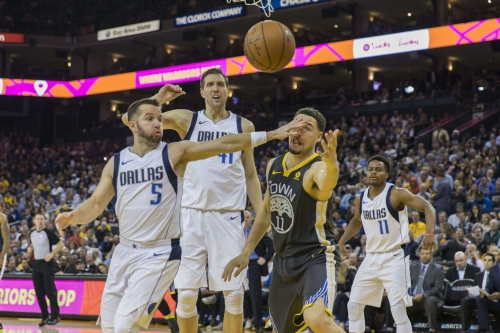 Preview: Warriors, wounded in more ways than one, take on the Mavericks without Curry and Green