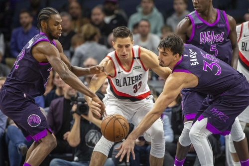 Mom's Favorite: Miscues Define a Tough Week for the Blazers