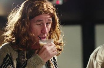 A 'Big Lebowski' interview with Cooper Manning as 'The Dude' and Texans' D.J. Reader   MANNING HOUR