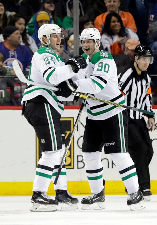 Stars forwards Roope Hintz and Jason Spezza both hit milestones, but only one will keep the puck
