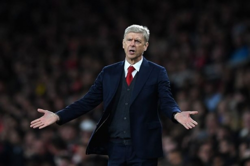 Arsenal legend says robots will replace football managers - and fans will use Twitter polls for subs