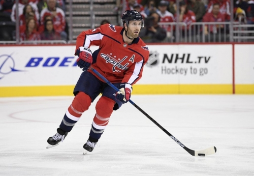 Capitals' Orpik out 4-6 weeks after knee surgery