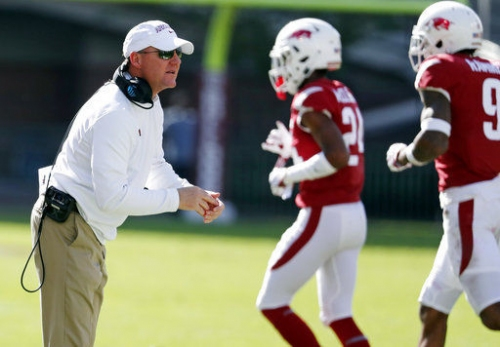 Arkansas faces Mizzou in danger of winless SEC season