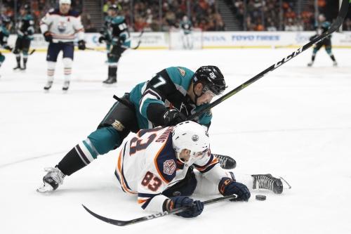 Ducks rally for 2-1 overtime win against Oilers