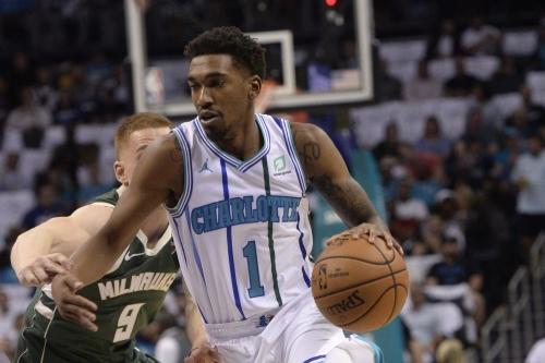Hornets square off against thriving Milwaukee Bucks