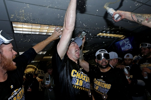 Brewers players make an extra $123,000 each in playoff shares