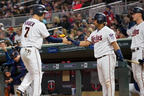 Tuesday Twins: Willians Astudillo has walked six times in the Dominican Winter League