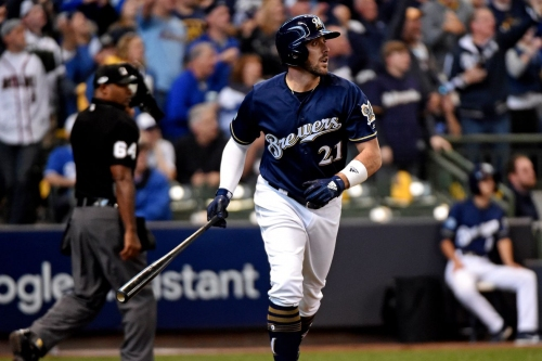 Milwaukee Brewers Tender or Non-Tender Decisions: Travis Shaw