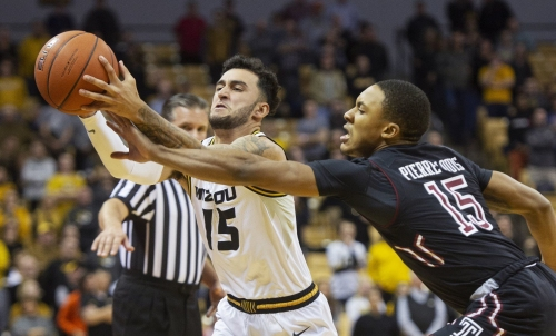 Matter on Mizzou: Tigers giving away games late in the first half