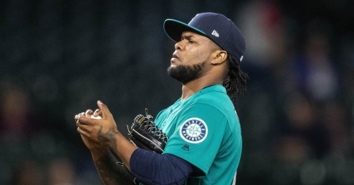 Mariners trade reliever Alex Colome to the White Sox for catcher Omar Narvaez