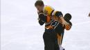 Flyers' Simmonds, Penguins' Oleksiak engage in heavyweight tilt