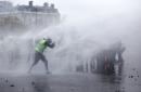 Riot debris covers Paris streets; 133 injured, 412 arrested
