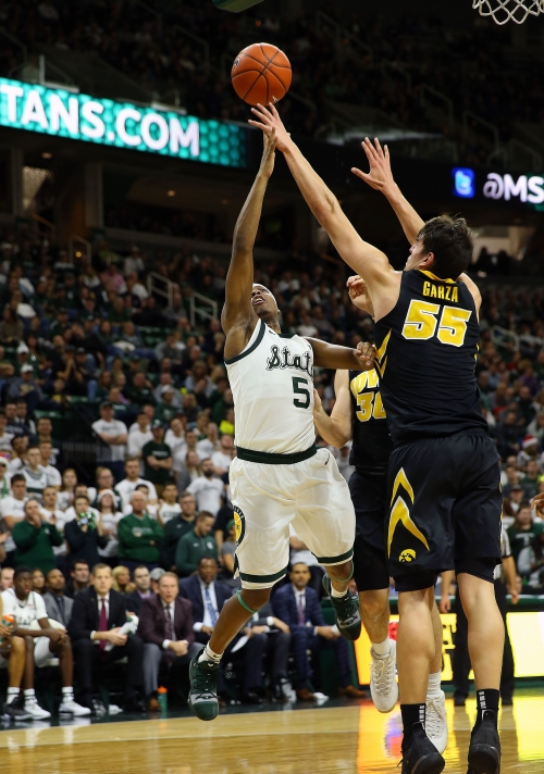 Michigan State basketball's Cassius Winston learning to manage more minutes, fatigue