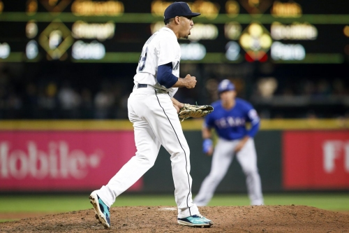 Mariners Moose Tracks, 12/4/18: Mariners Trades, Nick Martinez, and Dave Roberts