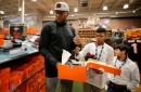 Cincinnati Bengals: Carlos Dunlap's charitable efforts just getting started