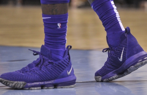 Lakers News: LeBron James Gifts Pair Of Game-Worn Nike LeBron 16 To Grizzlies Employee