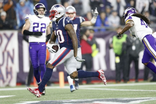 Patriots fantasy football week 14: start & sit