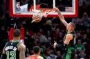 Daniel Theis shines in blowout win vs. Bulls