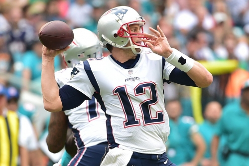 Tom Brady becomes the NFL's all-time leader in touchdown passes