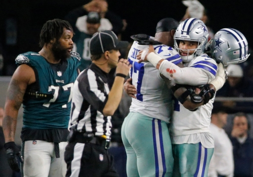 Cowboys owner Jerry Jones not concerned with Tyron Smith's play vs. Eagles despite some struggles