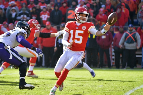 """Arrowheadlines: Patrick Mahomes """"ends MVP race"""" in Chiefs' thrilling overtime win over the Ravens"""