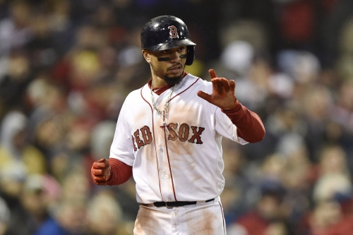 Daily Red Sox Links: Mookie Betts, Craig Kimbrel, Chris Sale