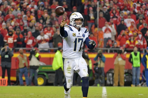VIDEO: Philip Rivers trolls the Chiefs fans as he runs off the field