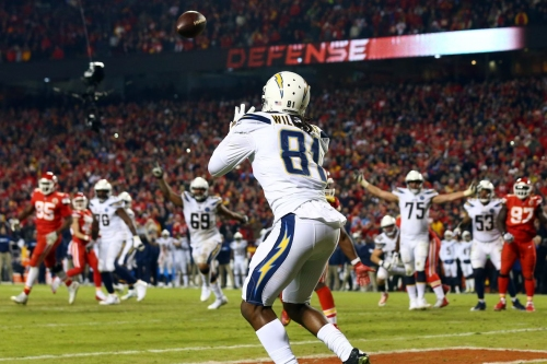Daily Links: Chargers win in Arrowhead in a shocker