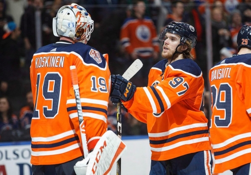 Oilers keep rolling with 3-point performances from McDavid and Draisaitl