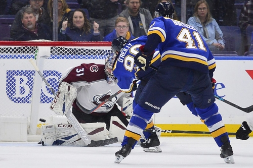 Avalanche fall 4-3 to Blues in overtime on O'Reilly shorty