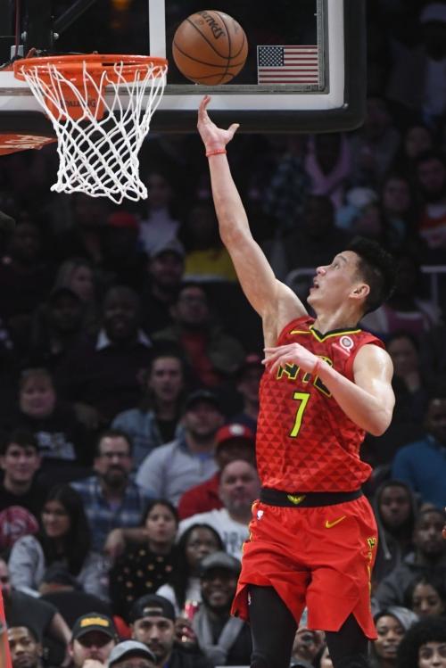 Lin luce en 4to periodo; Hawks vencen a Wizards