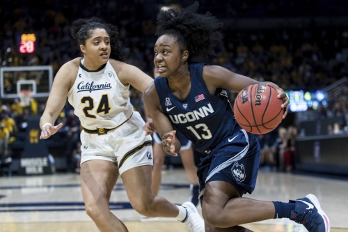 Samuelson leads way as No. 1 UConn women hold No. 14 Cal