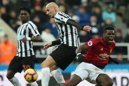 Manchester United give Paul Pogba injury update after Jonjo Shelvey tackle