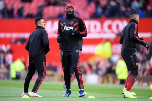 Manchester United players Alexis Sanchez and Romelu Lukaku get backing ahead of Reading FA Cup game