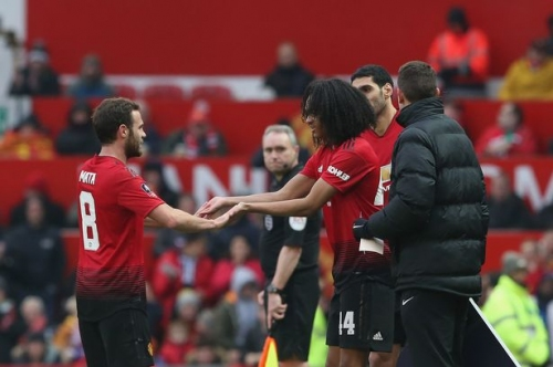Manchester United fans air brilliant new chant for Tahith Chong vs Reading in the FA Cup