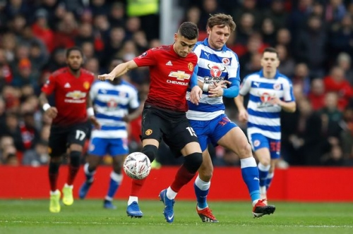 Manchester United vs Reading FC highlights and reaction as Tahith Chong makes his debut