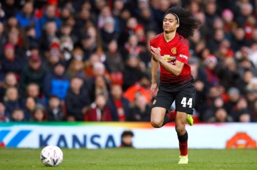 What Ole Gunnar Solskjaer told Tahith Chong before Manchester United debut against Reading
