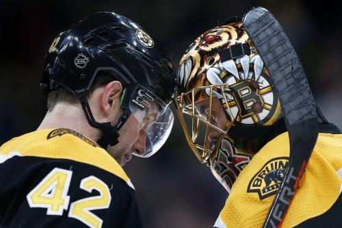 Rask stops 31 shots, Bruins edge Sabres 2-1